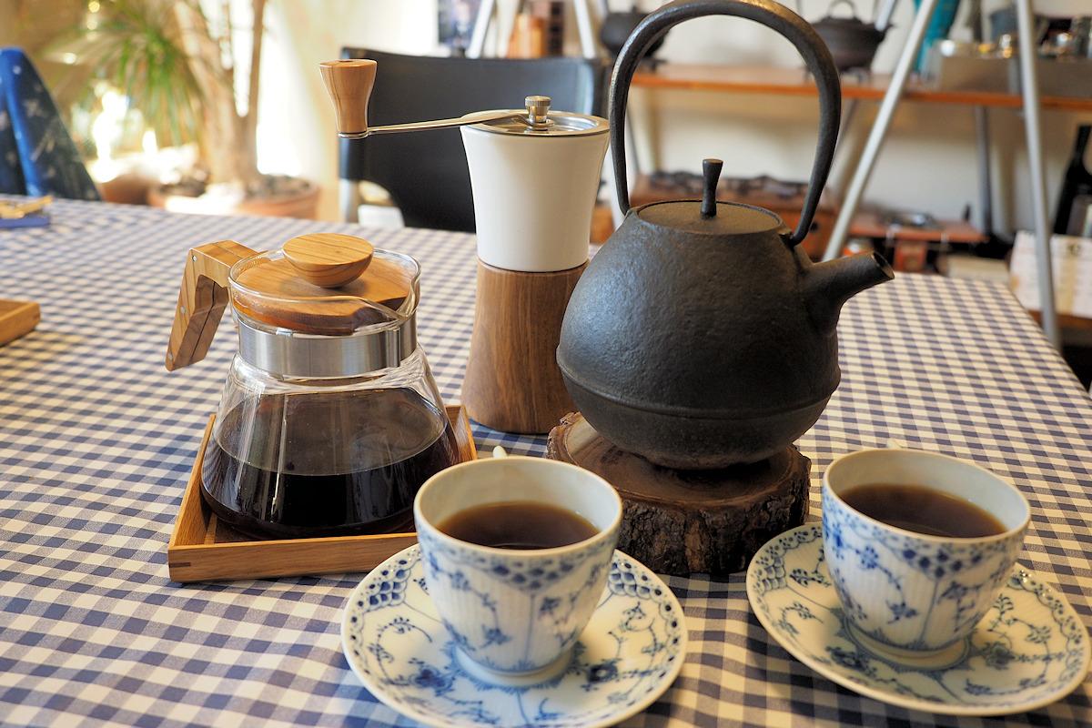 鉄瓶で淹れるドリップコーヒー
