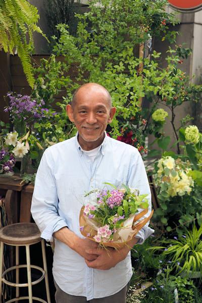 逗子「ダンデライオン」BOSSこと石阪章吾さんによるフラワーアレンジメント講座