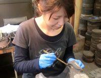 鉄瓶作家 佐々木奈美さん。